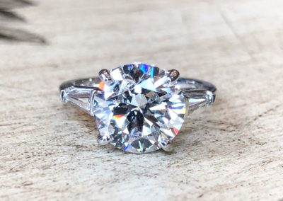 Antique Collection [round cut] [white gold]