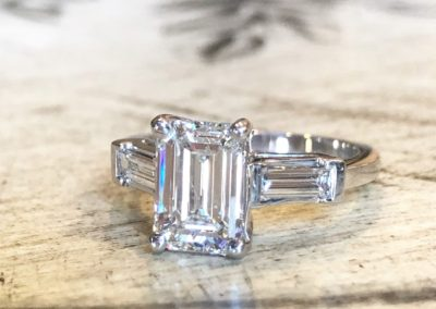 Emerald Cut with straight baguettes